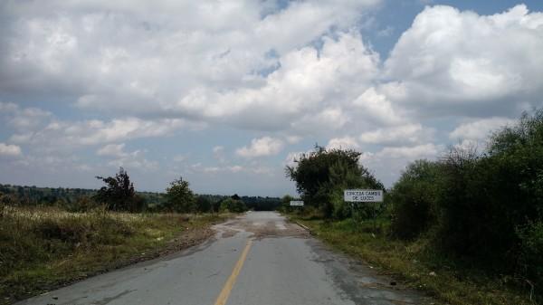 Finaliza tierra, inicia asfalto