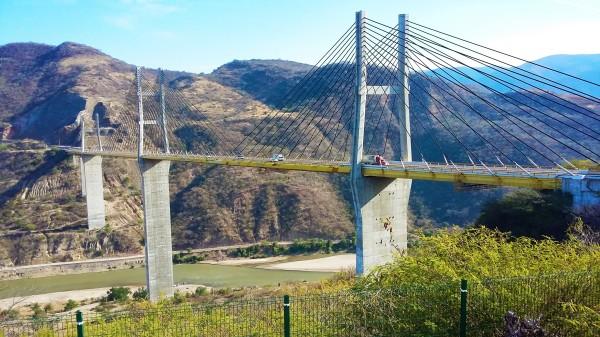 Puente de Mezcala, el segundo mas Alto de México